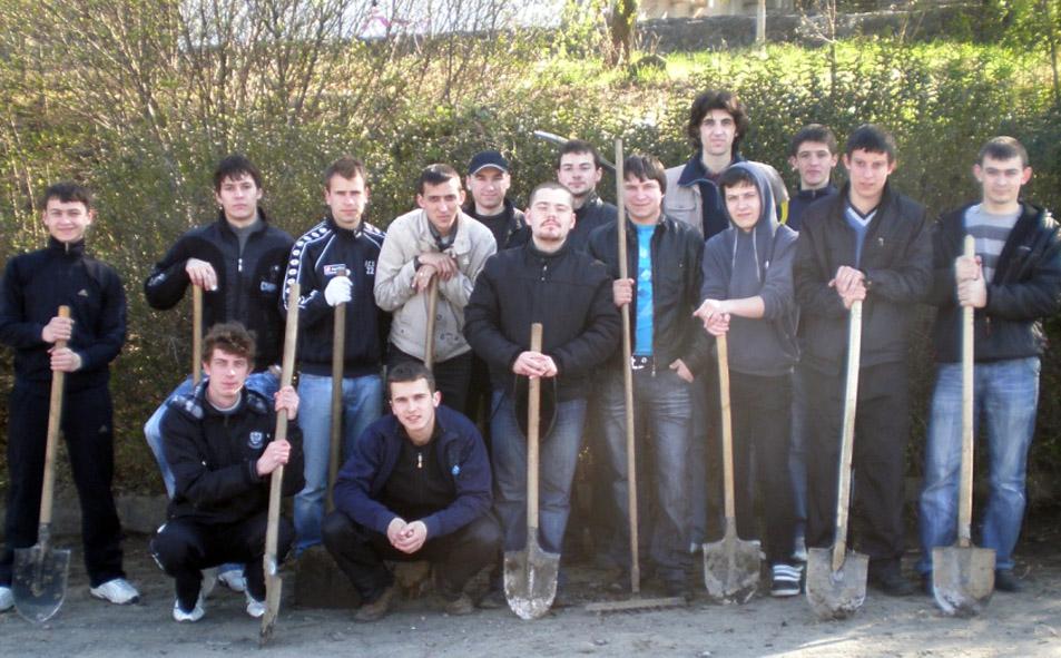 Студенти-філологи долучилися до екоакції «Чисте місто».