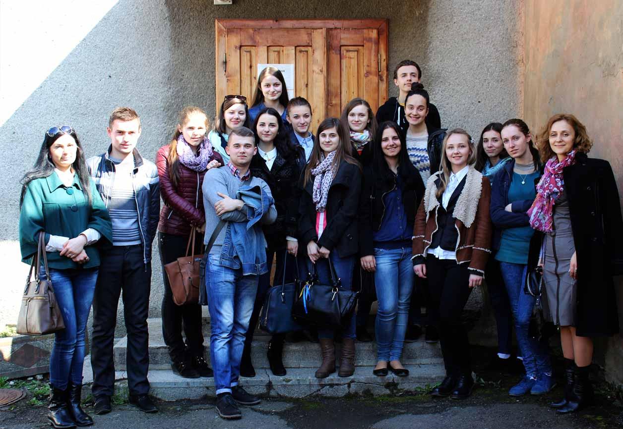 Read more about the article Студенти-журналісти відвідали міську друкарню