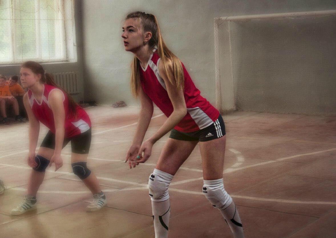 Журналістику з волейболом поєднує першокурсниця Сніжана Головко