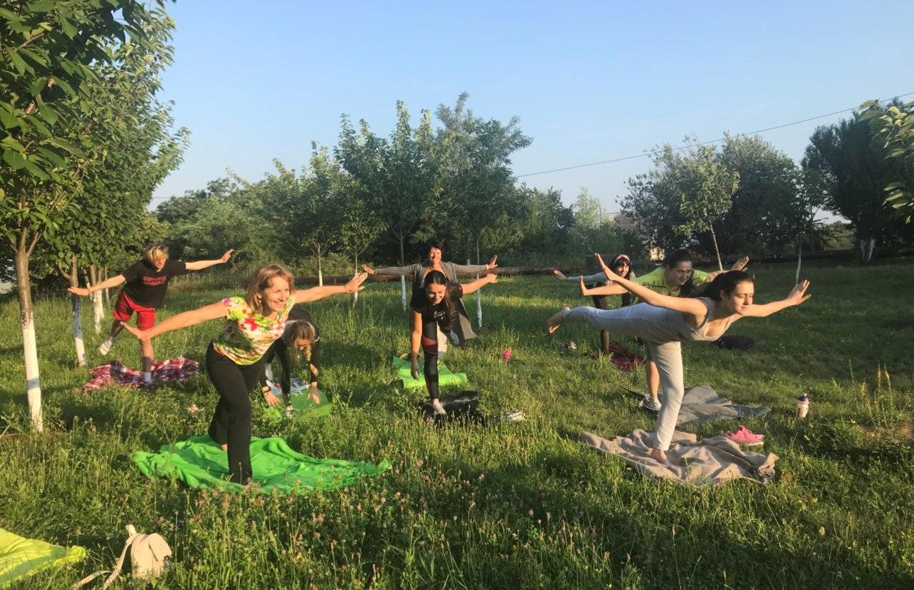 Дзен в УжНУ, або Як студенти йоги навчалися
